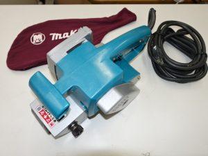 makita マキタ 電気ベルトサンダー 9900B