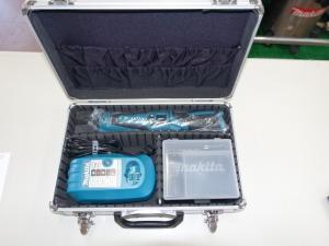 マキタ 7.2V無段変速ペンパクト TD021DS 予備電池付青セット