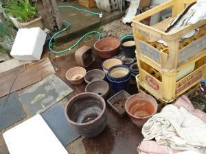 陶器、食器、植木鉢の処分に困ってのご相談を頂きました。