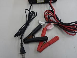 セルスター CELLSTAR CC30AT 充電器