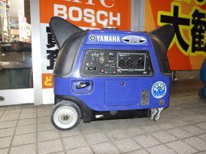 ヤマハ 2.8kVA 防音型 インバータ発電機 EF2800iSE