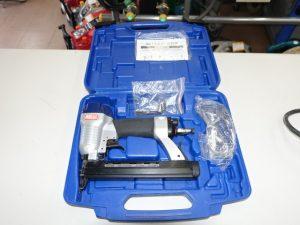 藤原産業 SK11 10mm常圧 エアタッカー SAT-1025