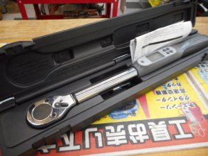 津山店です。 津山市のお客様から、アストロ デジタルトルクレンチ AP010921を、買取らせて頂きました。