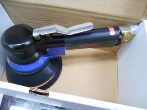 岡山店です。 岡山市のお客様から、未使用 コンパクト ツール 930C ダブルアクションサンダーを買取りさせて頂きました。