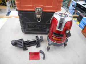 岡山店です。 岡山市のお客様から、 フクダ レーザー墨出器 EK-451DP を、買取りさせて頂きました。