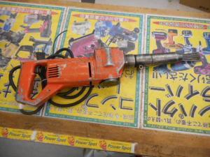 津山店です。 津山市のお客様から、EJC-32 電動ジェットタガネ ハツリ 錆び 中古品を、買取らせて頂きました。