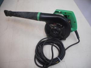中古工具買取センター PowerSpot パワースポットです。 日立 強力形ブロワ 送風機 電動工具 RB30V DIY 工事現場用を、買取りさせて頂きました。