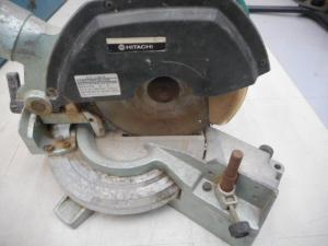 岡山店です。 岡山市のお客様から、 日立 卓上丸のこ C8FC 切断機を、買取りさせて頂きました。