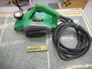 津山店です。 津山市のお客様から、日立 曲面カンナ 電動カンナ FY-35を、買取らせて頂きました。