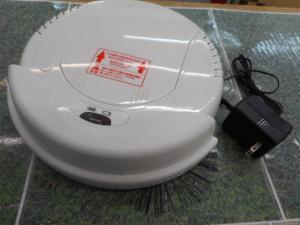 津山店です。 津山市のお客様から、ツカモト ロボットクリーナー 掃除機 AIM-ROBO1を、買取らせて頂きました。
