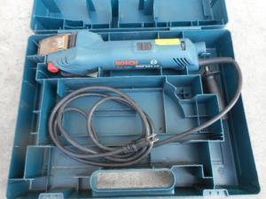 津山店です。 津山市のお客様から、 ボッシュ コンパクトベルトサンダー GVS350AE 研磨 磨き 小型 電動 中古品を、買取らせて頂きました。