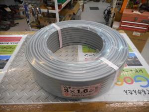 岡山店です。 岡山市のお客様から、富士 VVF  3X1.6 ケーブル 電線 電設 設備 未使用品 新品を、買取りさせて頂きました。