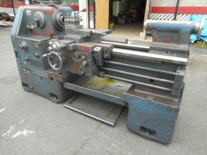 津山店です。 津山市のお客様から、滝澤 旋盤 TAL-460 芯間1000 大型 鉄鋼 鉄 加工 中古品を、買取らせて頂きました。