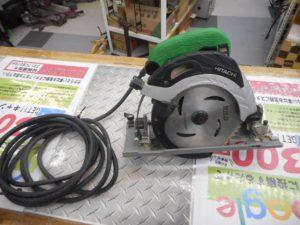 津山店です。 津山市のお客様から、日立 深切り造作丸のこ C6UBY 電動 中古品を、買取らせて頂きました。
