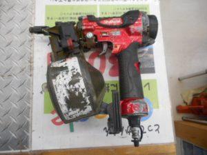 津山店です。 津山市のお客様から、マキタ 高圧釘打ち機 AN510H 50ミリ エアー 大工 本体のみ 中古品を、買取らせて頂きました。