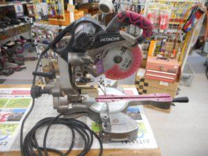 津山店です。 津山市のお客様から、日立 スライドマルノコ C7RSHC 人気 赤 カバー レーザー ライト 大工 電動 中古品を、買取らせて頂きました。