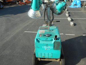 津山店です。 津山市のお客様から、ヤンマー ライトボーイ  道路 土木 大型 タイヤ付き 投光器 中古品を、買取らせて頂きました。