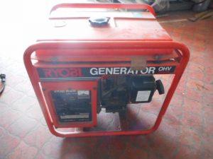 津山店です。 津山市のお客様から、発動 発電機 RYOBI リョービ GRX-2200A 可動品 中古品を、買取らせて頂きました。