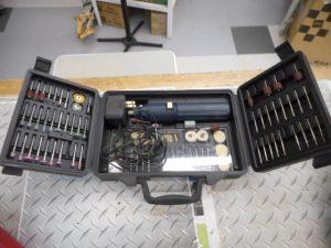 岡山店です。 岡山市のお客様から、 ハンディルーター メーカー不明 プラモデル 小型 電気 100V 中古品を、買取りさせて頂きました。