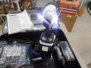 岡山店です。 岡山市のお客様から、マキタ インパクトドライバー TD171DRGX 大工 電動 充電式 未使用 新品を、買取りさせて頂きました。