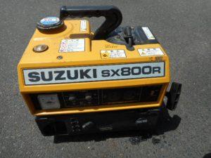 津山店です。 津山市のお客様から、 スズキ  発電機  SX800F 小型 持ち運び アウトドア 中古品を、買取らせて頂きました。
