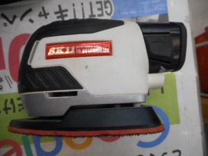 岡山店です。 岡山市のお客様から、SK11 充電パームサンダー SPS-108V-13Li 小型 中古品を、買取りさせて頂きました。