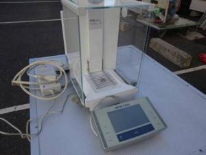 岡山店です。 岡山市のお客様から、 メトラートレド METTLER TOLEDO 標準分析天秤 XS105を、買取りさせて頂きました。