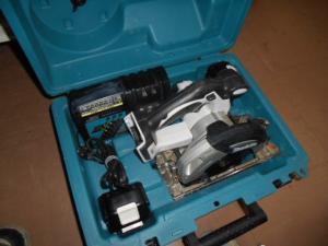 マキタ 充電丸のこ HS630D 18V/3A バッテリ 2個 充電器 セット 中古品