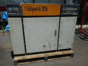 日立 コンプレッサー 7.5 大型 エアー 工場 土木 建設 備え付け 中古品