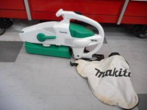マキタ ブロワ集塵機 MUB0710 掃除機 中古品