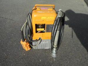 中古品 泉精器製作所  イズミ  IZUMI  小型  電動  リモコン式  油圧 ポンプ  R14E-F 通電 中古品