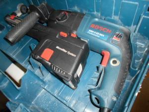 ボッシュ ハンマドリル GBH2-23REA 集塵機能 コード式 中古品