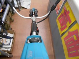 岡山店です。岡山市のお客様から、マキタ 充電式草刈機 MUR143UD マキタ14.4Vバッテリー専用草刈機 本体のみ 園芸 農作業 中古美品 を、買取りさせて頂きました。