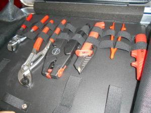 岡山店です。 岡山市のお客様から、大量セット品 KNIPEX ハンドツールセット EAN-4003773-051084 プライヤ ドライバ ペンチ 中古品 を、買取りさせて頂きました。