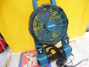 岡山店です。 岡山市のお客様から、マキタ 充電ファン CF201D アダプター付き 現状品 中古品 を、買取りさせて頂きました。