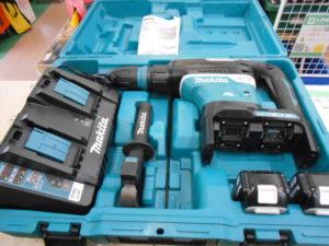岡山店です。 岡山市のお客様から、マキタ 36V充電式電動ハンマ HR400DPG2 バッテリ2 充電器 セット コンクリート 粉砕 中古品 を、買取りさせて頂きました。