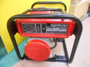 岡山店です。 岡山市のお客様から、 新ダイワ 発電機 G2400 きれいな品 確認時始動良好 中古品を、買取りさせて頂きました。