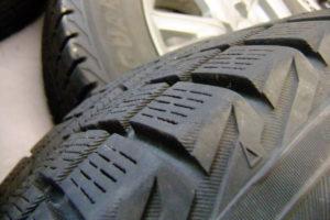 ヨコハマ スタッドレスタイヤ ホイール付き 175/65R14 4本セット 中古品